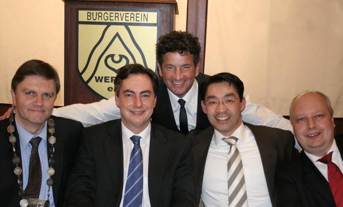 2011-03-11-herrenabend-uwe-schuenemann-david-mcallister-philipp-roesler-joerg-bode_671x404