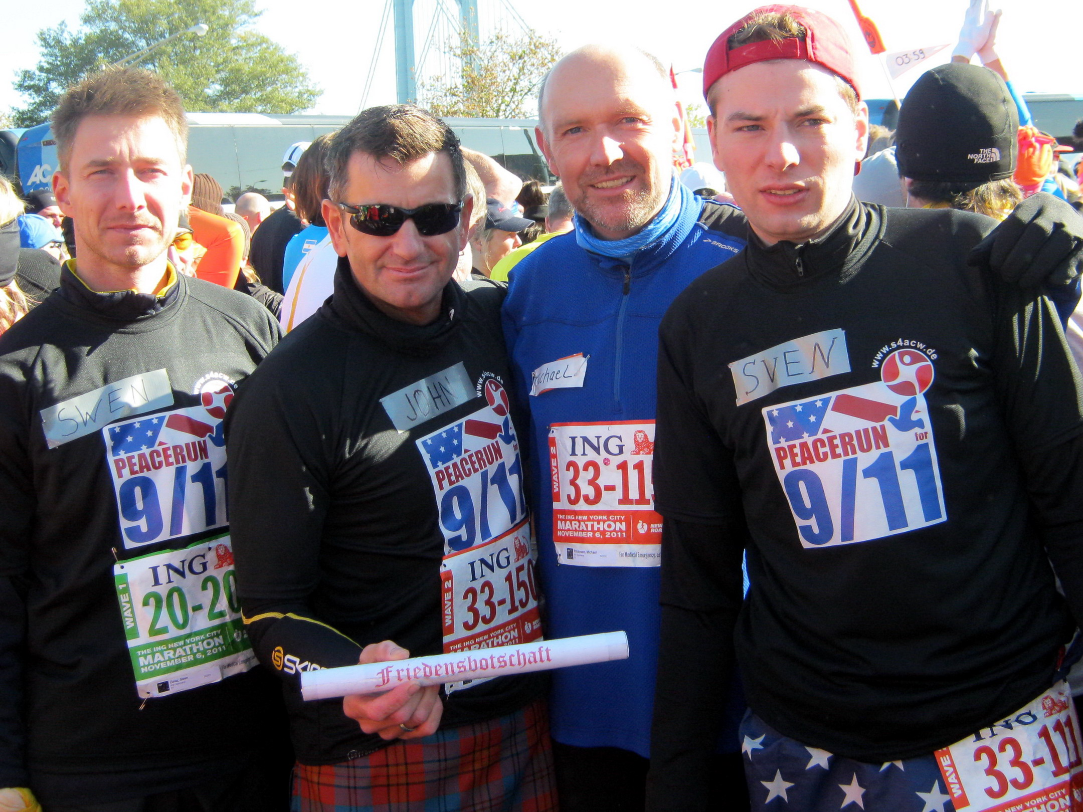 2011-11-06-ny-sz_jmg_mb_sk-vor-dem-marathon_bildgroesse_aendern